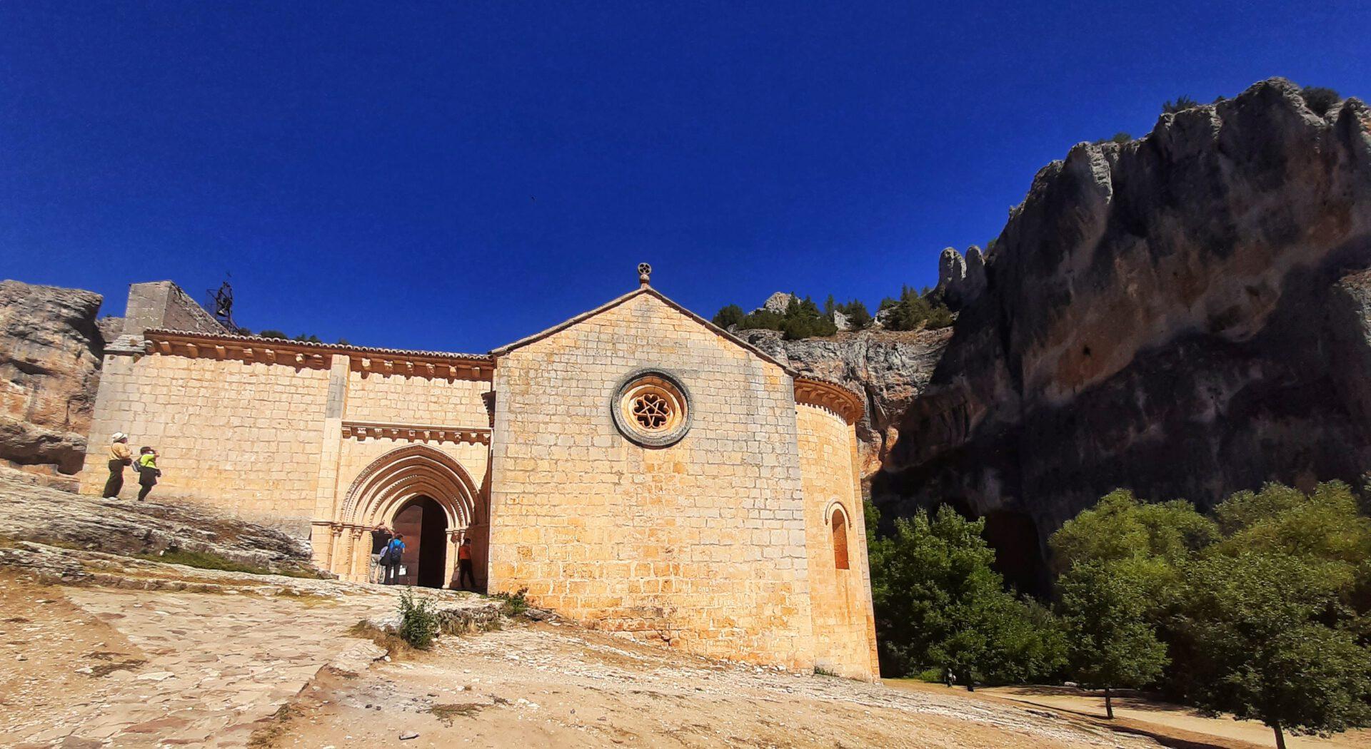 vista_principal_ermita_San_Bartolome